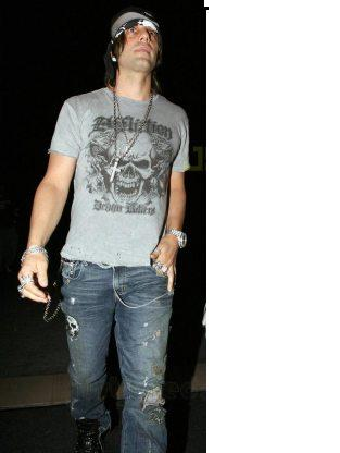 httpwwwbestweekevertvbweimages200708criss-angel-britney-spears-01